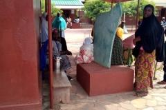 Biankouri, kobiety w oczekiwaniu na przyjęcie do szpitalika